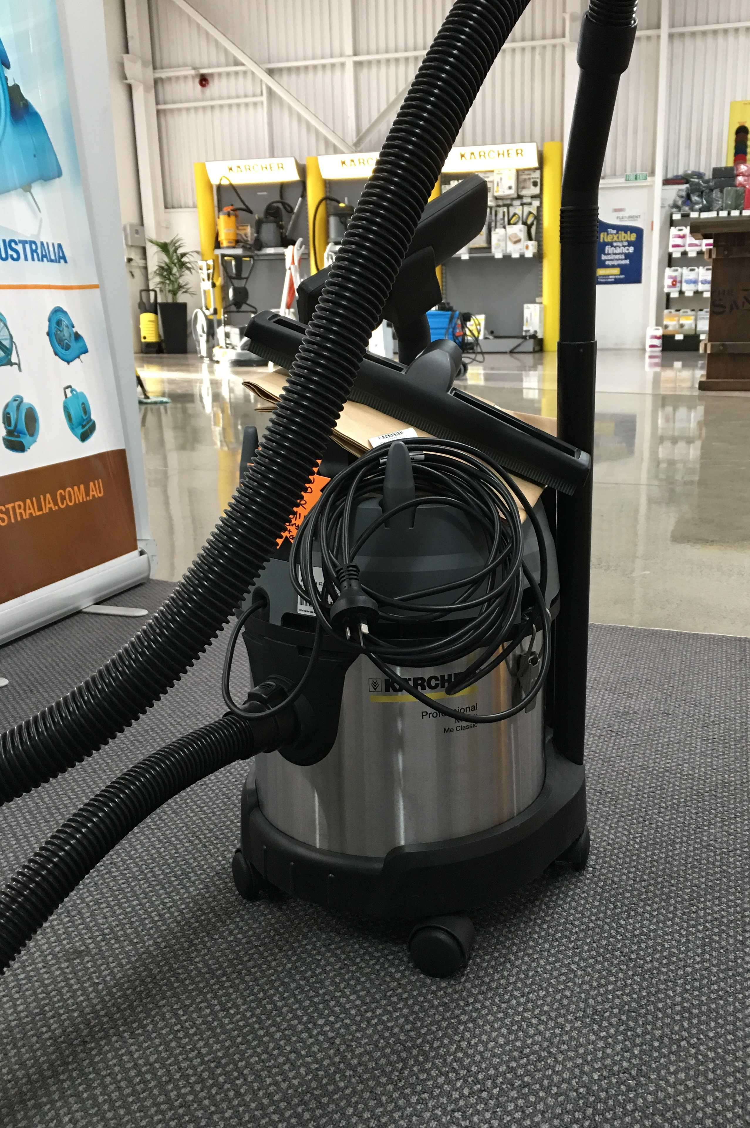 Second Hand Karcher Wet & Dry Vacuum